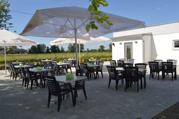 restaurant gaumenflug biergarten